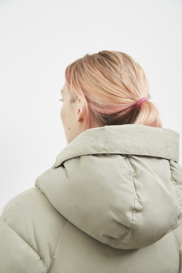 Belfast Down Coat, Pale Olive - 193 - Embassy of Bricks and Logs - Anna Vatheuer Photo - Premium Ethical Outerwear