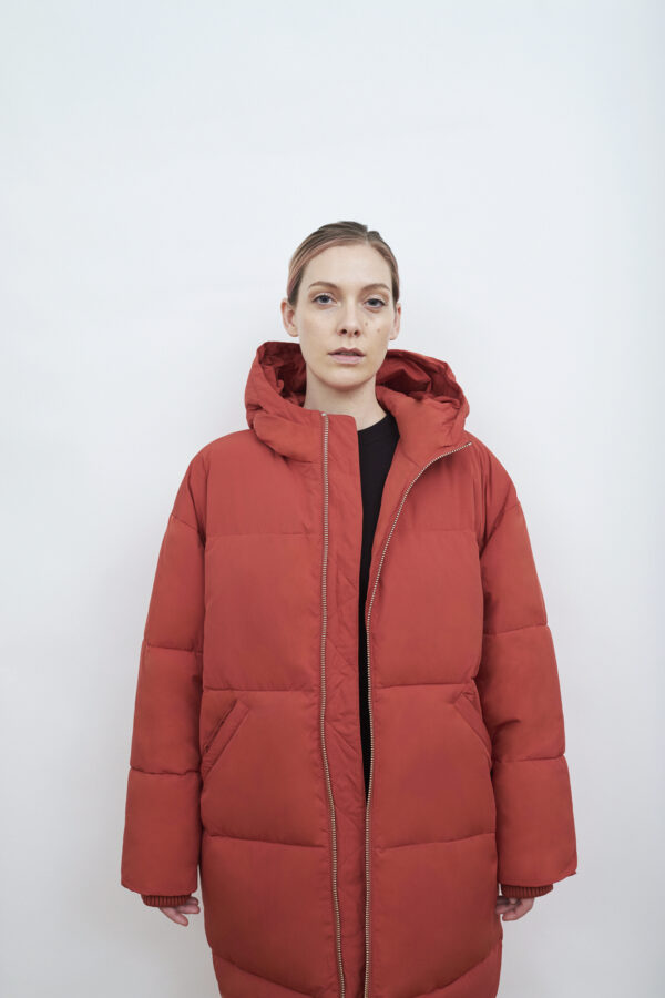 Elphin Down Coat, Dark Rust - 193 - Embassy of Bricks and Logs - Anna Vatheuer Photo - Premium Ethical Outerwear