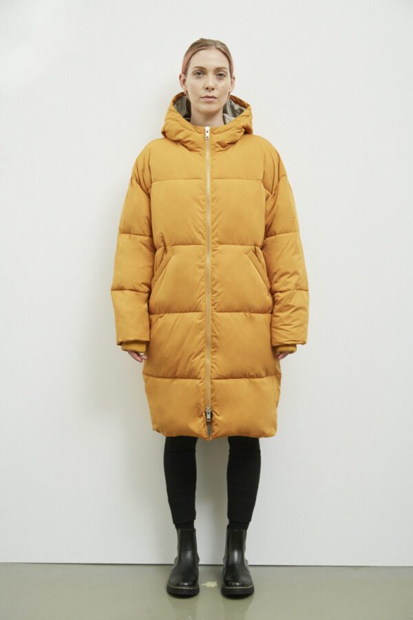 Elphin Down Coat, Inca Gold - 193 - Embassy of Bricks and Logs - Anna Vatheuer Photo - Premium Ethical Outerwear