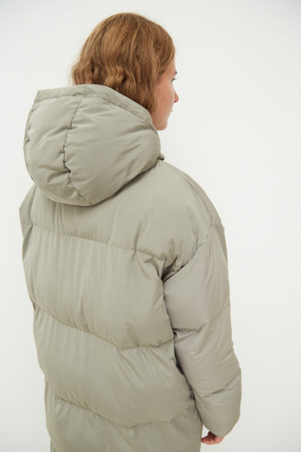 Elphin Down Coat, Pale Olive - 183 - Embassy of Bricks and Logs - Anna Vatheuer Photo - Premium Ethical Outerwear