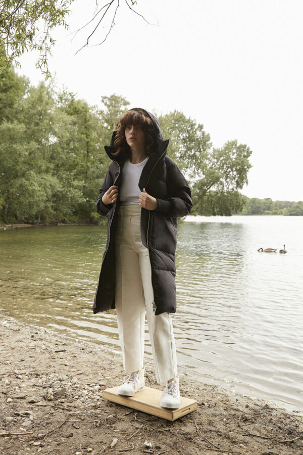Belfast Down Coat, Black - 193 - Embassy of Bricks and Logs - Anna Vatheuer Photo - Premium Ethical Outerwear