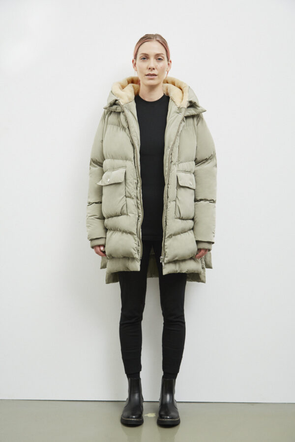 Lyndon Down Jacket, Pale Olive - 193 - Embassy of Bricks and Logs - Anna Vatheuer Photo - Premium Ethical Outerwear