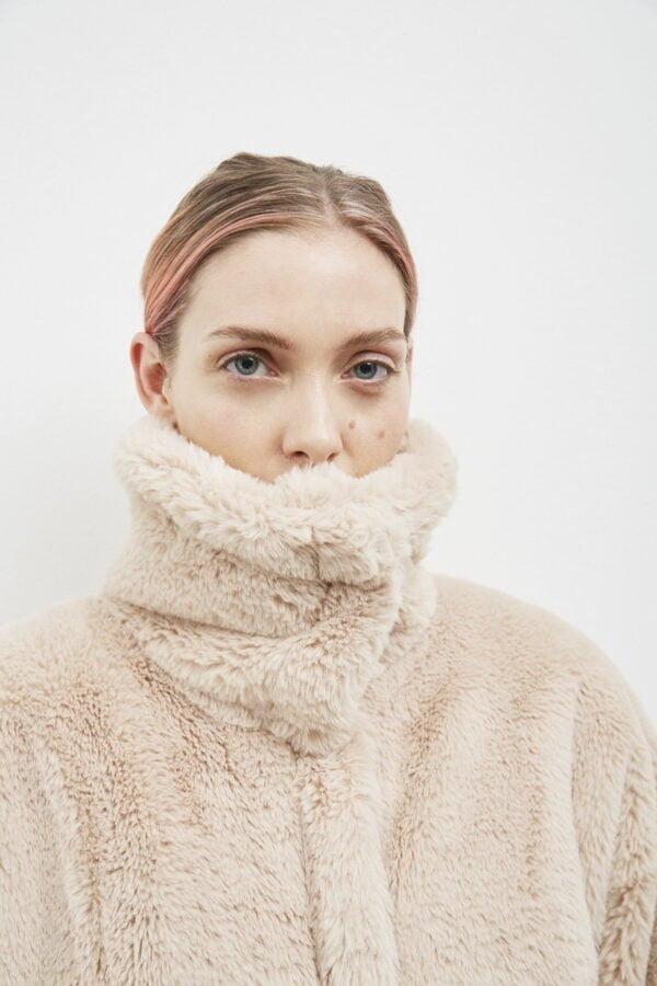 Oslo Jacket, Beige - 193 - Embassy of Bricks and Logs - Anna Vatheuer Photo - Premium Ethical Outerwear