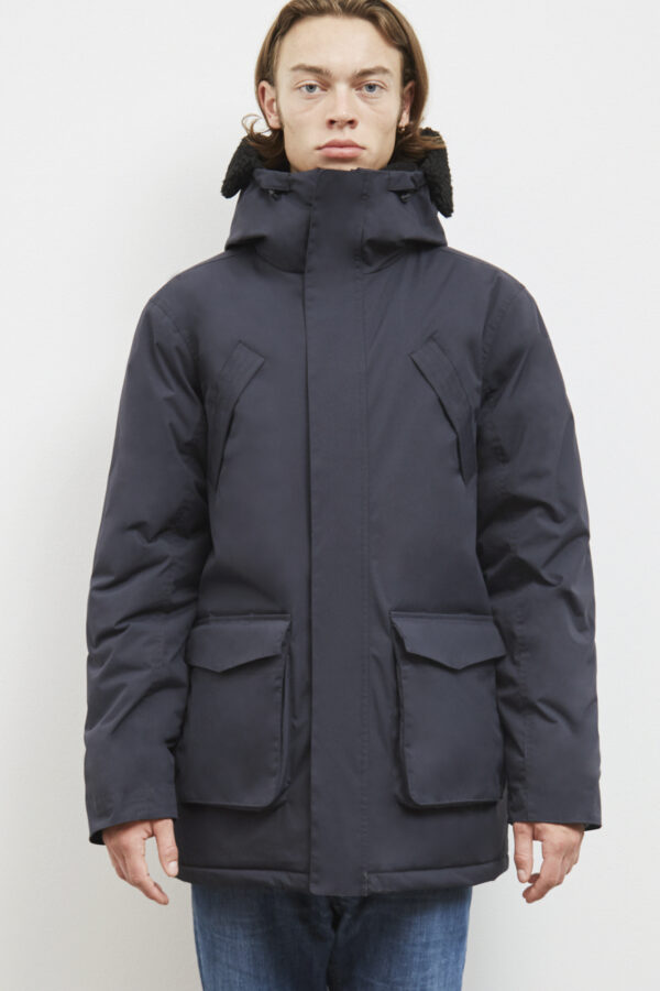 Whitecourt Parka, Dark Navy - 193 - Embassy of Bricks and Logs - Anna Vatheuer Photo - Premium Ethical Outerwear