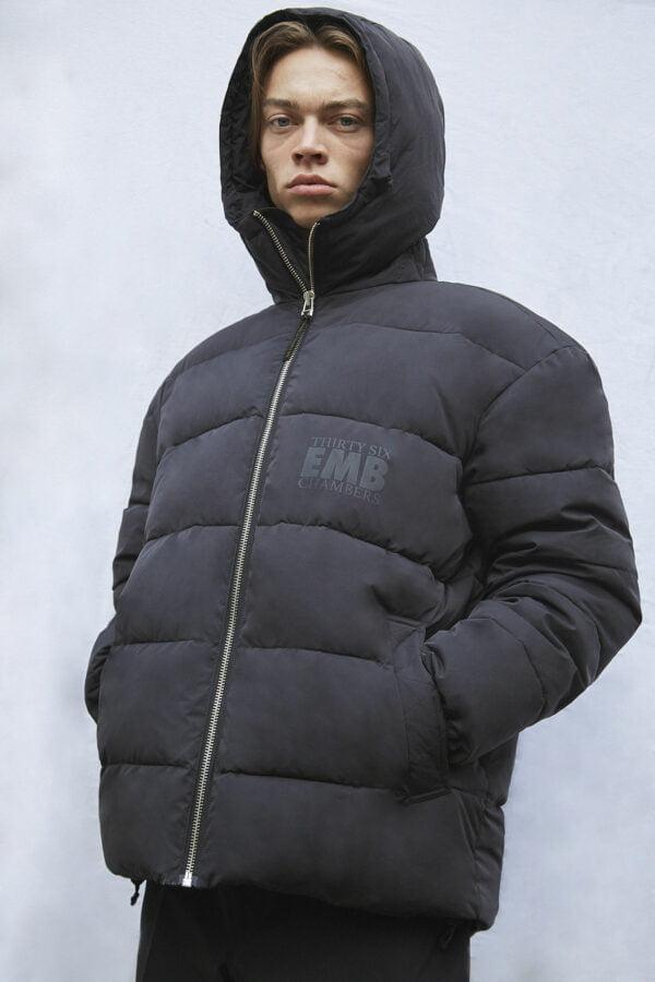 Brevik 36 Puffer Jacket, Black - 193 - Embassy of Bricks and Logs - Anna Vatheuer Photo - Premium Ethical Outerwear