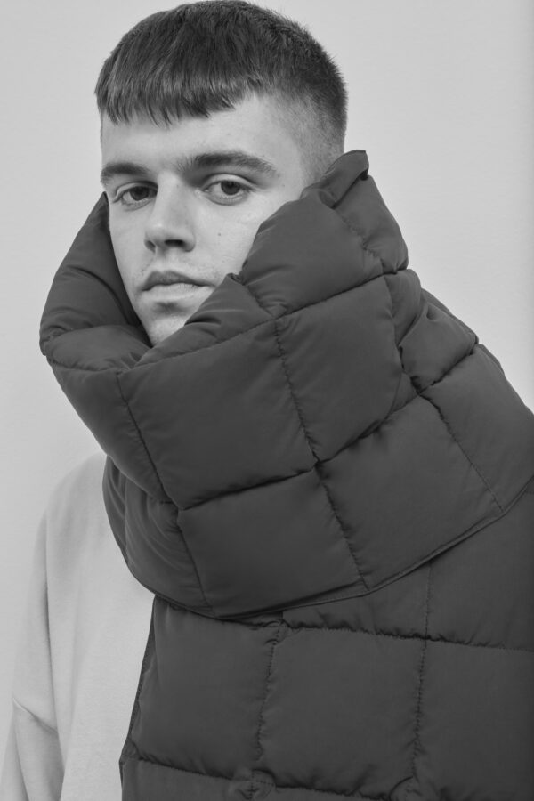 Embassy of Bricks and Logs Dubbo Puffer Scarg in Black - Vegan Ethical Outerwear