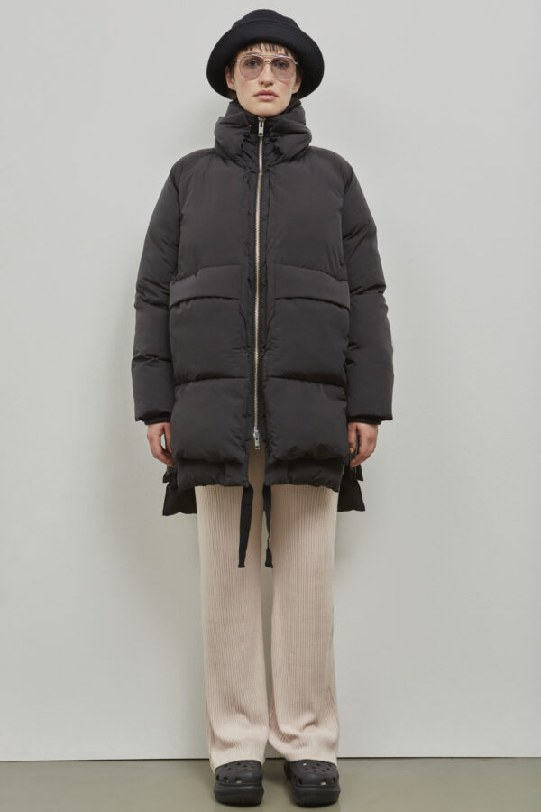 Embassy of Bricks and Logs Milton Puffer Jacket in Black - Vegan Ethical Outerwear