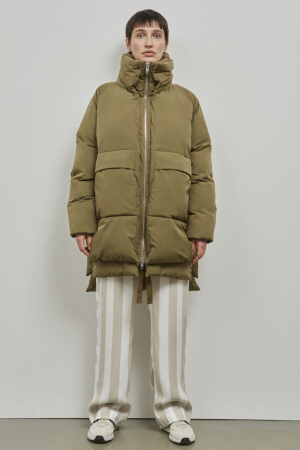 Embassy of Bricks and Logs Milton Puffer Jacket in Olive - Vegan Ethical Outerwear
