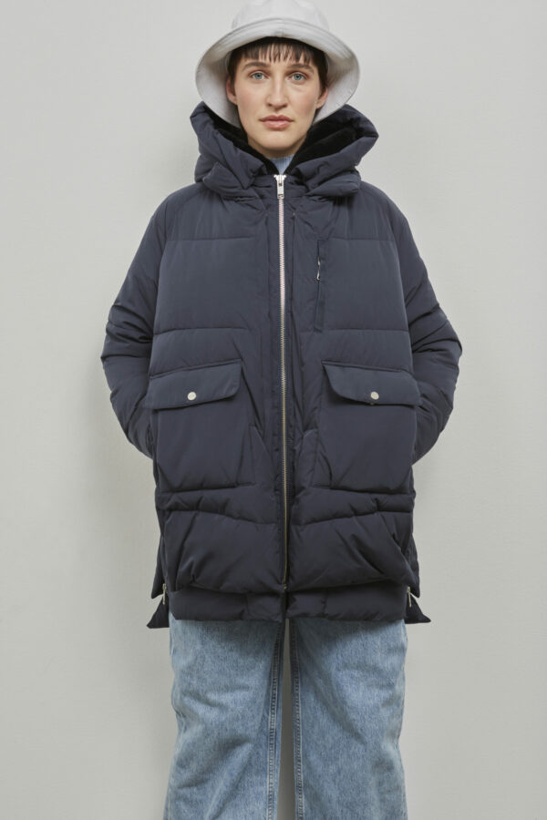Embassy of Bricks and Logs Lyndon Puffer Jacket in Dark Navy - Vegan Ethical Outerwear